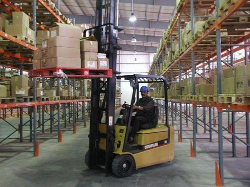 logistique entrepôt