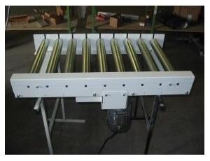 convoyeur-a-rouleaux-acier-commandes-par-relais-de-chaines-cdr50